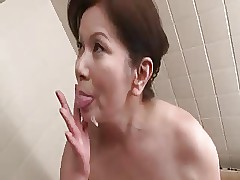 granny porn : busty asian nude