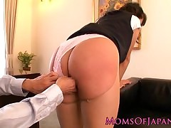 spanking porn : asian couple sex