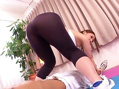 huge juggs : asian pussy licking